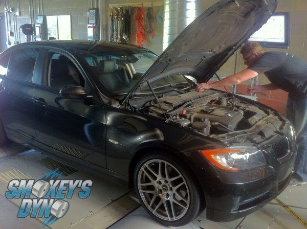 2007 BMW 328xi Tuned By Smokey's Dyno